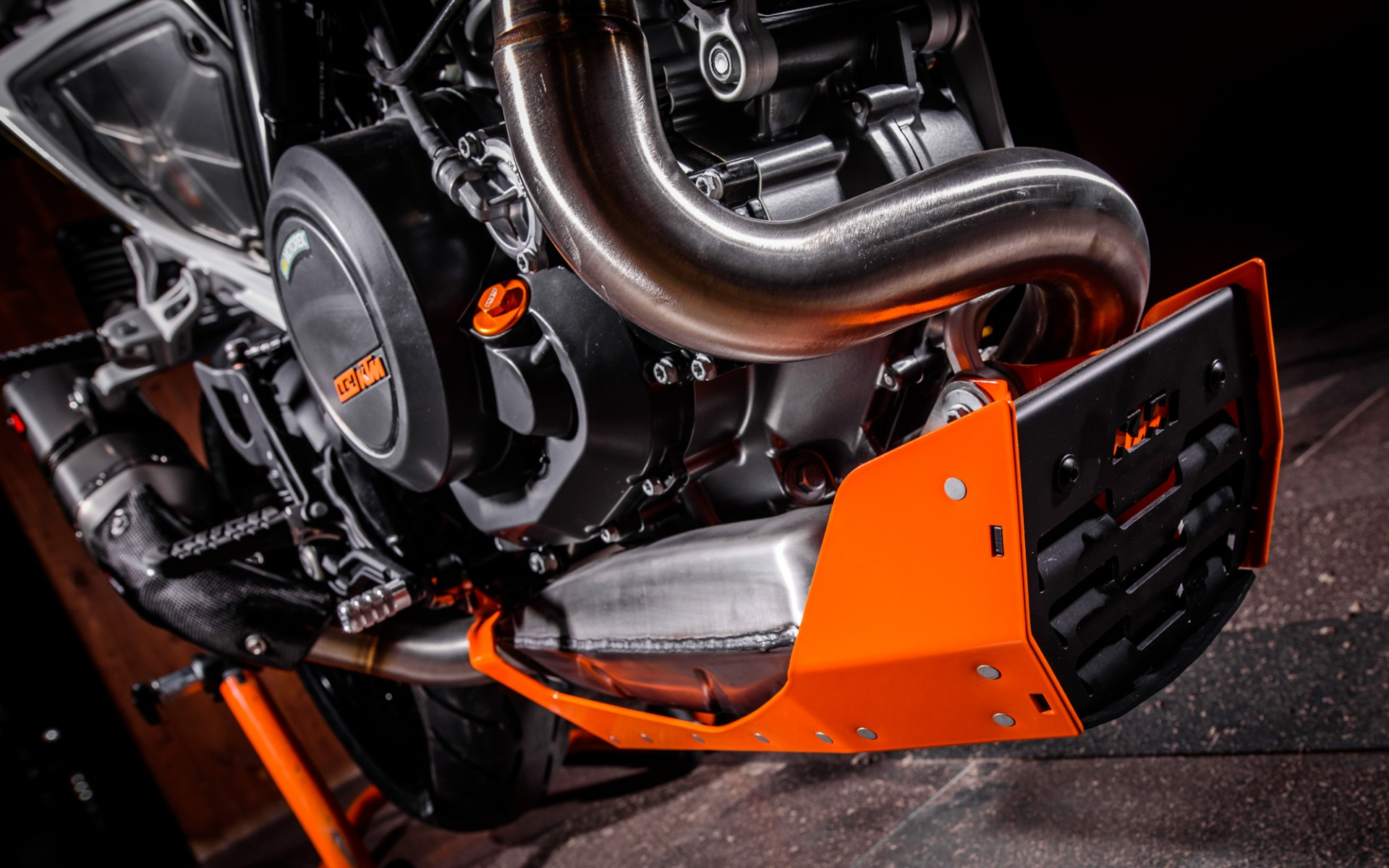 Ktm 690 Duke Powerparts Edition 2016 Rok Bagoro
